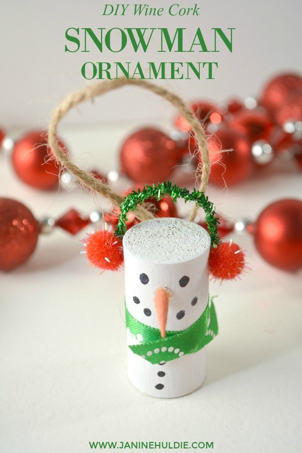 DIY-Wine-Cork-Snowman-Ornament